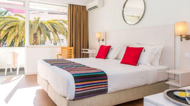 hotel-londres-galleryroom-136-palm
